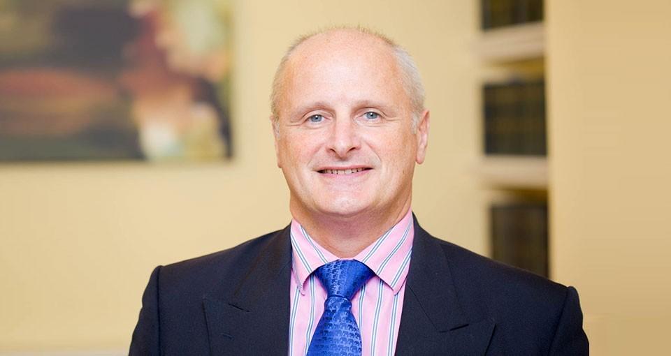D. Huw Evans